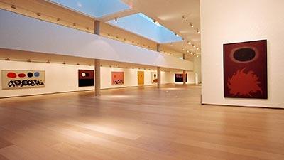Interior del museo IVAM con LED en Valencia 03